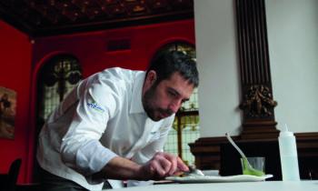 """David Boldova: """"El postre es importante, es el último recuerdo del restaurante que se va a llevar el comensal"""""""